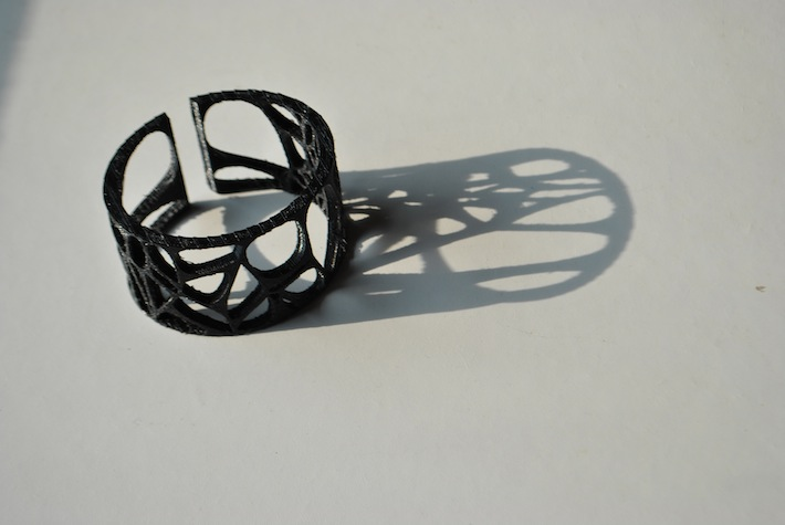 designed and 3D printed by parametric | art