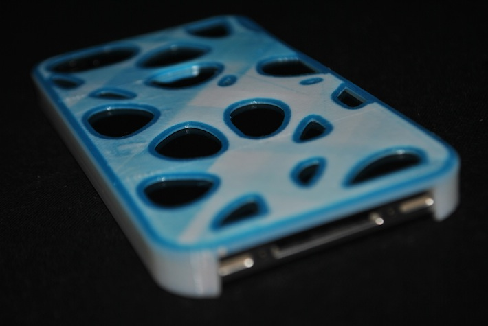 voronoi iphone case 3D printed with multiple materials © parametric | art
