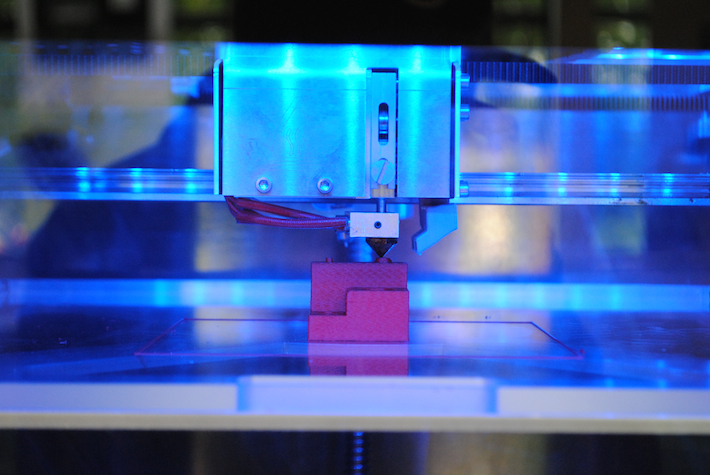 A Leapfrog Xeed professzinális 3D nyomtató munka közben