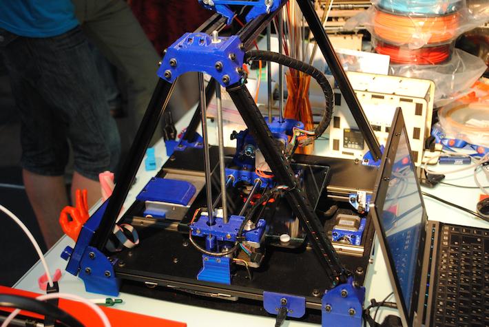 egy jól sikerült reprap az idei Budaőest 3D printing days-en