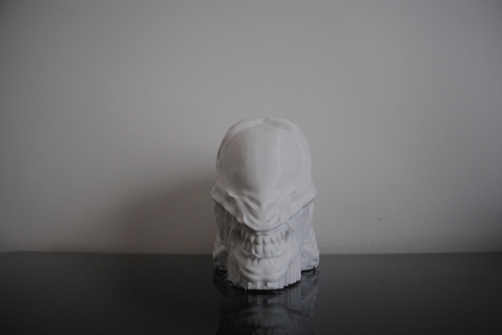 Alien head 3d printed sculpture
