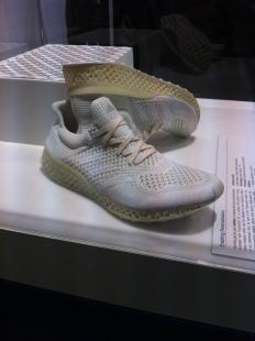 3D nyomtatott Adidas cipő
